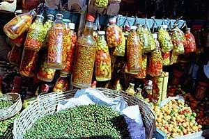 Pimenta Comari at the market