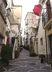 Typical alley in Diamante
