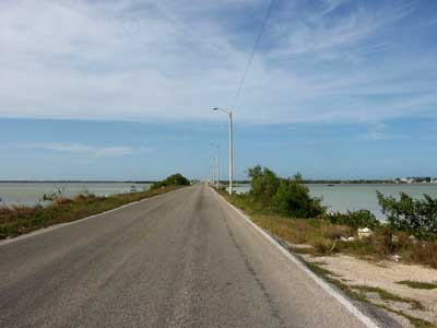 The road from Progreso to Chelem