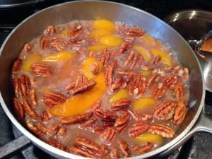 peach-pecan-sauce